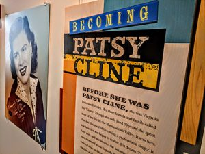 Becoming Patsy Cline