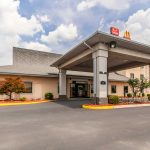 Econolodge Inn and Suites Middletown